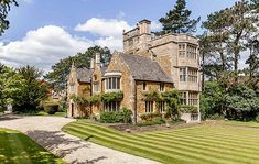 A century castle that offers life in the heart of a lovely Cotswolds village - Country Life English Manor Houses, English House, Tower House, Castle House, Villas, English Architecture, Medieval, Edwardian House, English Decor