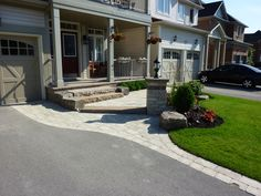 Pavers along the driveway and small corner garden on front lawn Front Entrances, Driveway Design, Driveway Entrance Landscaping, House Front, Outdoor Design, Front Walk, Front Yard Design, Front Porch Steps, Front Garden Design