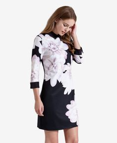 Monochrome Floral shift dress
