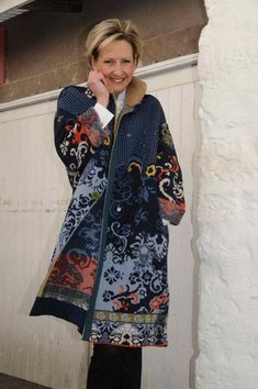«Мы продаем не моду, а искусство», говорит Милош Ивкович, главный  исполнительный директор торговой марки IVKO. Продукцию IVKO отличают  богатые цвета ... ead12cd3ab3