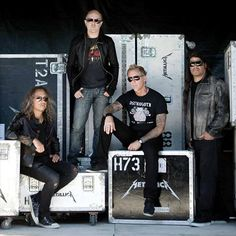 A new piece penned by mastering engineer Ian Shepherd claims that Metallica have mastered the loudest album in music. Metallica Song, Robert Trujillo, James Hetfield, Kurt Cobain, Heavy Metal, Rock And Roll, Album, Dave Grohl, Rock Music