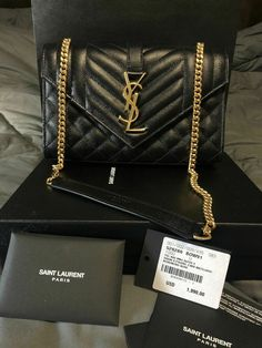 d50dd925fd Yves Saint Laurent YSL Envelope Small bag in grain de poudre embossed  leather #fashion #