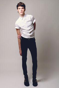 Shirt, Jeans, Boots.