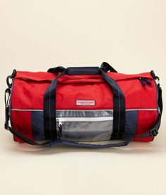 My new duffle for travel and the gym. Happens to be water resistant and hopefully beer resistant as well.
