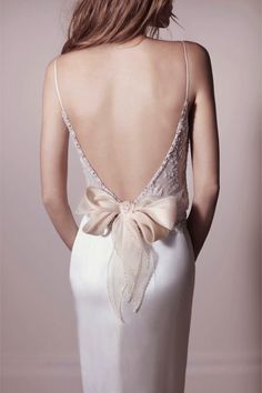 Backless with bow by Lihi Hod wedding dress | The Wedding Scoop Spotlight: Sexy Wedding Dresses http://www.theweddingscoop.com/entry/the-wedding-scoop-spotlight-sexy-wedding-dresses