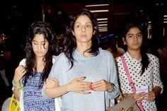 Sridevi: Bollywood stars who look gorgeous even without makeup
