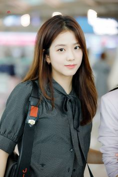 Blackpink in your area ! Blackpink Jisoo, Yg Entertainment, South Korean Girls, Korean Girl Groups, Blackpink Fashion, Fashion Looks, Casual Travel Outfit, Snsd Yuri, Black Pink ジス