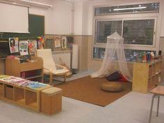 Los espacios de libre circulación en un colegio de primaria. Lástima que su web este solo en catalán...