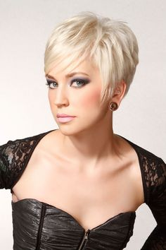5 best exercises to get toned and firm breast Cute Hairstyles For Short Hair, My Hairstyle, Short Hair Cuts For Women, Short Hair Styles, Sassy Hair, Dull Hair, Hair Color And Cut, Hair Affair, Pixie Haircut