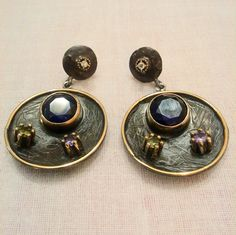 Silver earrings with semi precious stones.