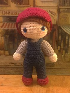 Little Billy - Free one piece amigurumi crochet doll pattern.