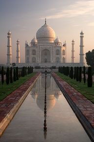 Taj Mahal, Agra, India! Awesome place to make your honeymoons and journey trips special!