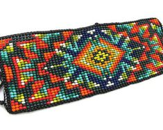 Woven Bracelets, Seed Bead Bracelets, Seed Beads, Native American Beadwork, Native American Jewelry, Bead Loom Patterns, Beading Patterns, Tear, Beads And Wire