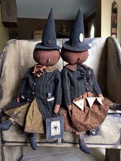 More awesome dolls. Halloween Doll, Holidays Halloween, Vintage Halloween, Halloween Pumpkins, Halloween Crafts, Happy Halloween, Halloween Decorations, Halloween Stuff, Primitive Pumpkin