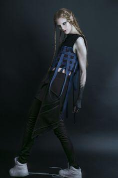 Andrada Bodea #fashiondesign #prototype #fashionblogger #london #ba16 #zef #zefling #fashion #futuristicfashion #postapocaliptic #strongwomen #milaalexm #mila #andrada #bodea #coat #pockets #dark #black #braids #hairstyles #lcf  #futuristic urbanwear urban