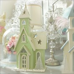 Shabby Xmas Chic Sparkle Glitter Lit Green Wood Christmas House Lights