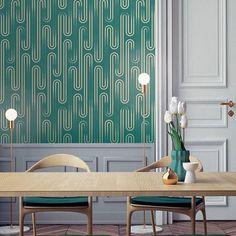 Neptune, vert forêt..style néo Art-Deco 🌟Décor inspiré par la fontaine. .de Neptune 🌟Disponible en 4 coloris 🌟#neptune #nettuno #roma #wallpaper #papierpeint #artist #artdeco #lifestyle #livingroom #deco #décor #architecture #art #paris #interior #papermint #papermint_paris