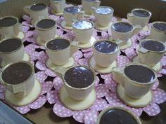 xicaras de chocolate