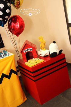 12 Charlie Brown Y Snoopy, Snoopy Love, Charlie Brown Christmas, Snoopy And Woodstock, Snoopy Birthday, Snoopy Party, Snoopy Classroom, Party Themes, Party Ideas