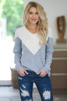 Cute From All Angles Sweater - Grey - Closet Candy Boutique women's fall fashion Fall Fashion Outfits, Look Fashion, Autumn Fashion, Grey Fashion, Fashion Trends, Winter Sweater Outfits, Winter Sweaters, Cute Casual Outfits, Sexy Outfits