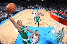 Avery Bradley getting a lot of dunk photo love today