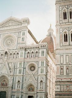 FOR THE HONEYMOON || Florence || NOVELA BRIDE...where the modern romantics play & plan the most stylish weddings...www.novelabride.com @novelabride #jointheclique