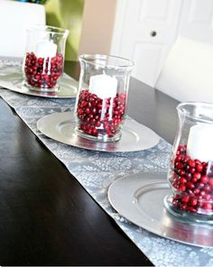 40 Inexpensive Christmas Table Centerpieces Ideas - About-Ruth Noel Christmas, Simple Christmas, Winter Christmas, Christmas Crafts, Elegant Christmas, Christmas Candles, Christmas Christmas, Christmas Table Centerpieces, Xmas Decorations