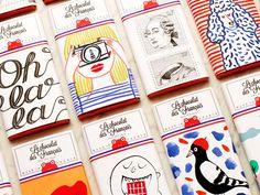 Das Auge nascht mit bei Le chocolat des Français. Gestaltet von verschiedenen französischen Künstlern sind die Schokoladentafeln süßer Hingucker in Läden, von New York bis Hong Kong.