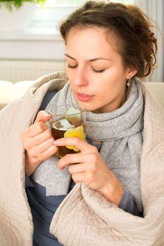 Tratament naturist pentru tuse: ceai de musețel și cimbru.  Pentru o cană de ceai, se pune o linguriță de flori uscate de musețel și o linguriță de cimbru măcinat la râșniță. Se face o infuzie de 15 minute, se îndulceşte cu miere. Se poate adăuga și o linguriță rasă de propolis granule. Se beau 3-5 căni de ceai pe zi până la încetarea tusei. Sursa: kudika.ro