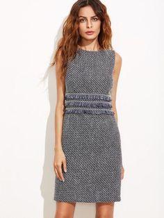 Модное облегающее платье с бахромой Grey Fashion, Look Fashion, Womens Fashion, Fashion Ideas, Vintage Fashion, Tweed Dress, Navy Dress, Fringe Fabric, Tweed Fabric