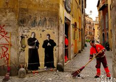 Zilda is a French based artist who has been spreading public art for more than 10 years in the streets of Rome, Lisbon, Naples and Belgrade. 3d Street Art, Urban Street Art, Street Art Graffiti, Street Artists, Urban Art, Caravaggio, Naples, Rome Streets, Italy Street