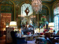 Left Bank apartment of Count and Countess Hubert d'Ornano. NY Social Diary