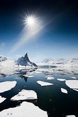 Svalbard sky (Kylefoto) Tags: blue sea sky sun ice star svalbard polar quark spitsbergen exodus