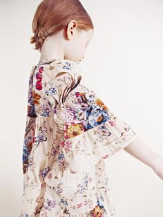 gorgeous dress..x