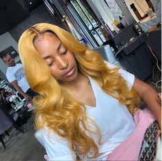 Ombre Lace Front Wigs Last For One More Year Hair Material: Grade High Quality Virgin Human Hair Body Wave We promise that all the products are Human Virgin Ombre Hair. Remy Human Hair, Remy Hair, Human Hair Wigs, Hair Colorful, Curly Hair Styles, Natural Hair Styles, Natural Hair Weaves, Pixie, Body Wave Wig
