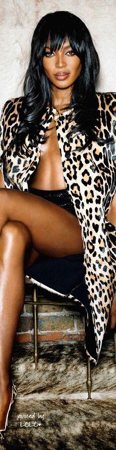 Naomi Campbell fierce in leopard
