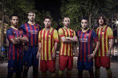 May 2013 - Nike Unveils New FC Barcelona Home and Away Kits. La Liga Champions FC Barcelona to wear bold new home and away kits for season. Barcelona Team, Camisa Barcelona, Barcelona Jerseys, Soccer Gear, Soccer Kits, Equipe Do Barcelona, Premier League, Soccer Photography, New Shirt Design