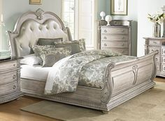STUNNING KING LEATHER ANTIQUE WHITE FINISH SLEIGH BED BEDROOM FURNITURE