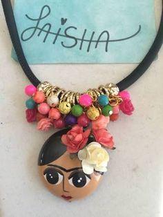 Resultado de imagen para collares artesanales de frida kahlo de cuentas
