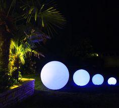 Boule Lumineuse LED Outdoor 30 cm Sans Fil