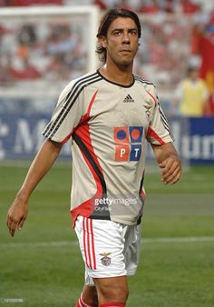 The game was the SLBenfica soccer team official presentation for the 2006/2007 season. The Benfica defeated Bordeaux, French team commanded by the brazilian coach Ricardo Gomes (2:0), in a game disputed at the Estadio da Luz (Stadium of Lights). In picture Rui Costa (Benfica).