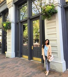 "528 Likes, 42 Comments - Emma Cortes (@emmasedition) on Instagram: ""Happy Monday everyone! I just finished #brunch with a girlfriend at the London Plane. 😋Now I'm off…"""