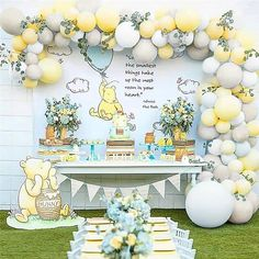 Baby Shower Yellow, Baby Yellow, Baby Boy Shower, Baby Showers, Winnie The Pooh Themes, Winnie The Pooh Birthday, Balloon Arch, Balloon Garland, Balloon Bouquet