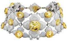 yellow-diamond choker—inlaid with white jade and decorated with diamonds— Bogh-Art.  www.bogh-art.com