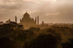 oriental-sunrise: Taj Mahal