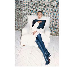Daria Werbowy by Juergen Teller for Celine Fall/Winter 2013 campaign. Daria Werbowy, Juergen Teller, Pull & Bear, Celine Campaign, Giorgio Armani, Celine Boots, High Fashion, Fashion Beauty, Style Fashion