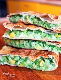 Retete de mancaruri: Quesadilla rapidă, cu doar 4 ingrediente http://retete-de-mancaruri.blogspot.ro/2014/05/quesadilla-rapida-cu-doar-4-ingrediente.html
