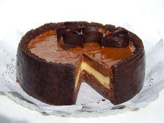 ・ TORTA CON MOUSSE DE CHOCOLATE Y PALET DE NARANJA ・