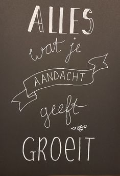 Gemaakt tijdens een workshop handletteren @Handlettering-enzo. Chalkboard Quotes, Art Quotes, Workshop, Van, School, Poster, Atelier, Work Shop Garage, Vans