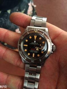 Peppo's all over patinated Seadweller, by Rolex off course! Sport Watches, Cool Watches, Rolex Watches, Wrist Watches, Rolex Vintage, Vintage Watches, Mens Fashion Suits, Mens Suits, Men's Fashion